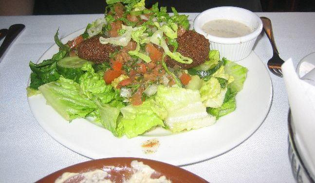 mazza falafel