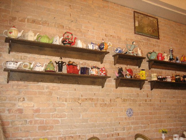 Elizabeth's Bakery and Tea Shop teapots