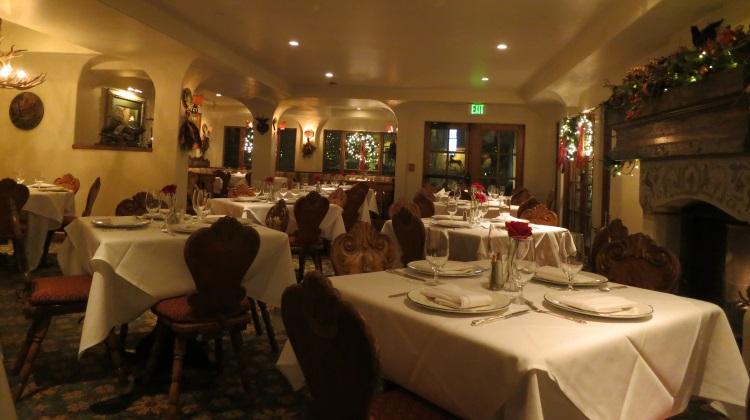 goldener hirsch inn dining room