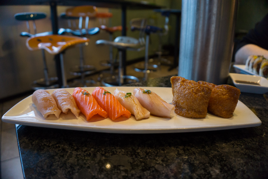 Sushi Groove: Various nigiri
