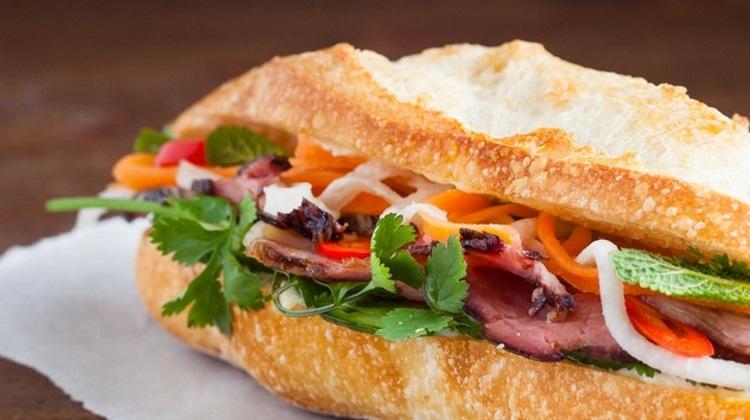 Saigon Sandwich: banh mi