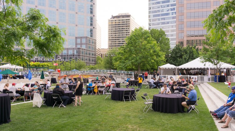 Tastemakers 2016 - crowds at Gallivan Plaza