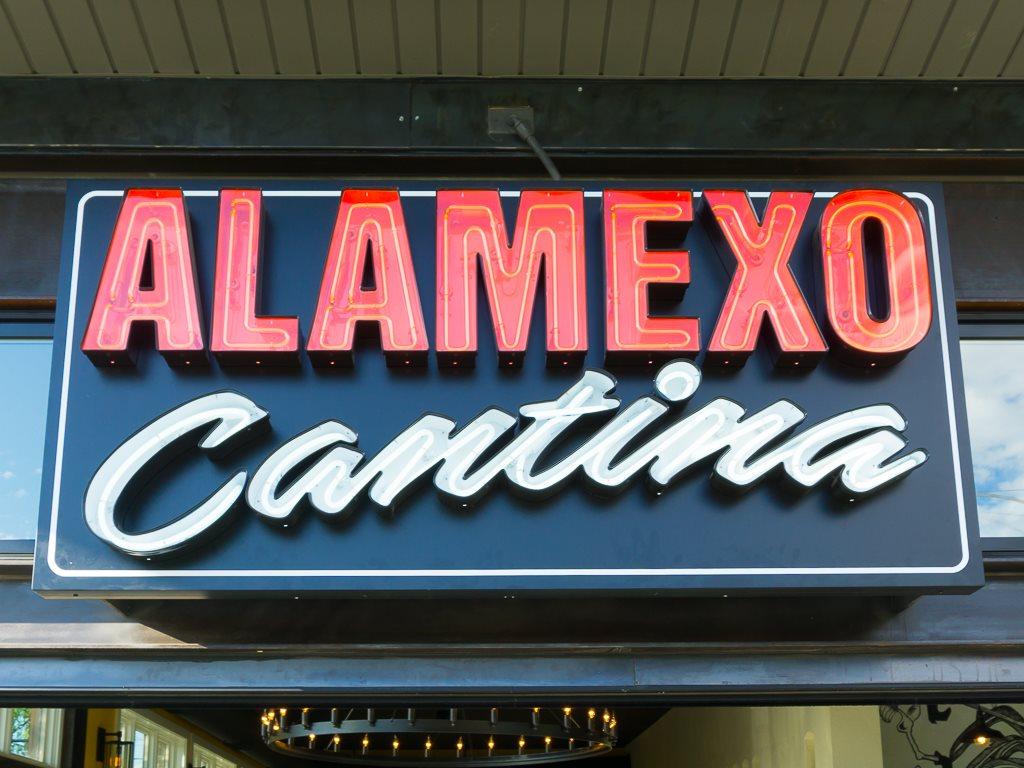 Alamexo - sign