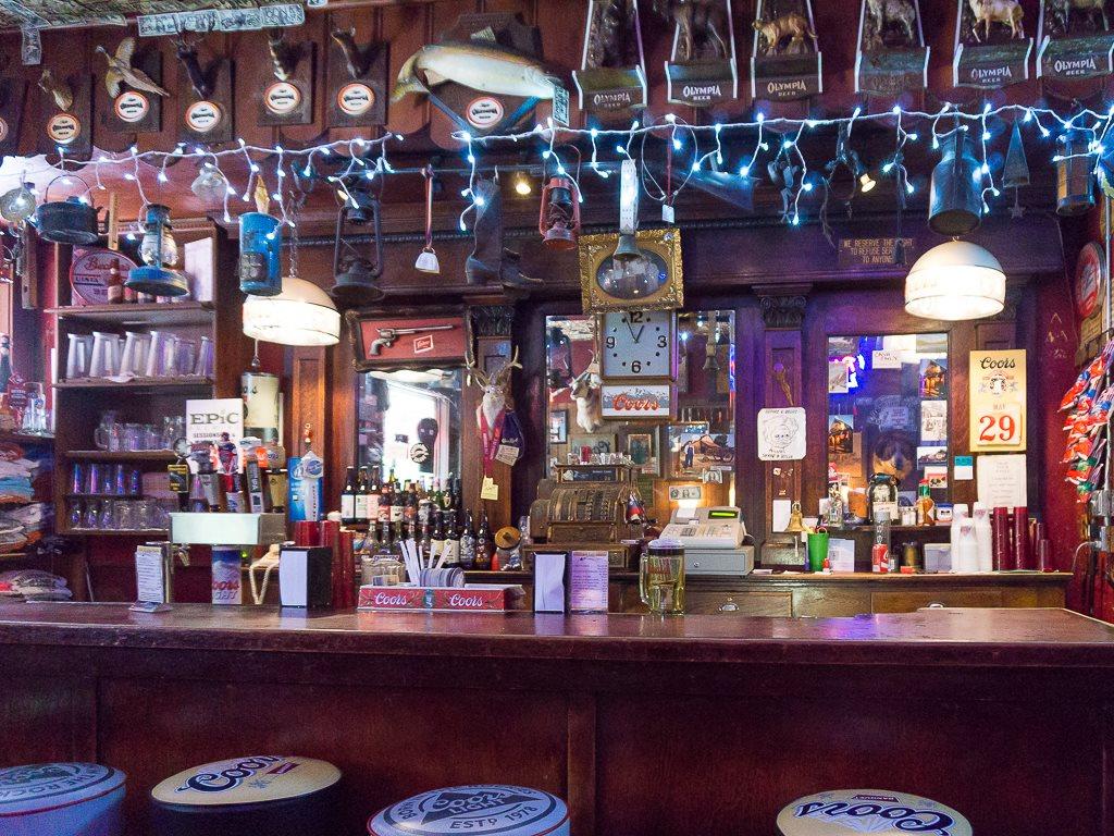 Shooting Star Saloon - bar