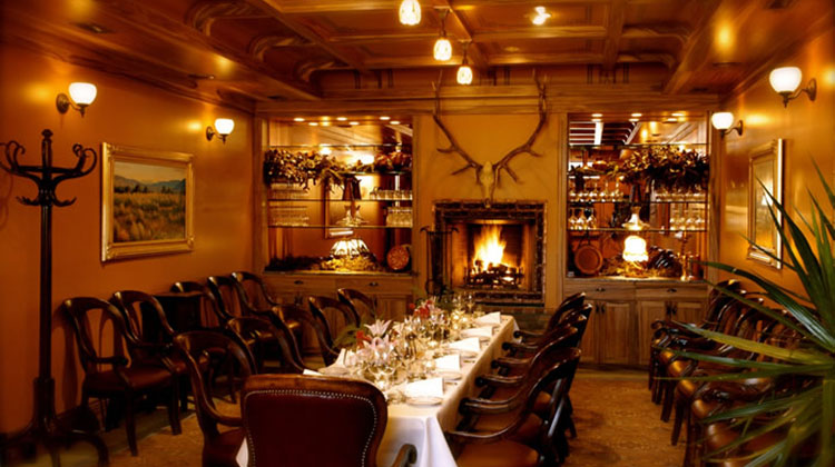 Slc Restaurants With Private Rooms