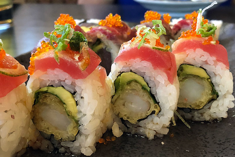 Tsunami - maki sushi (Heather L. King)
