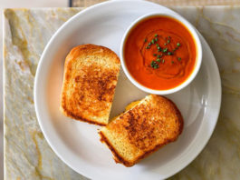 The Daily - grilled cheese and tomato soup (The Daily)