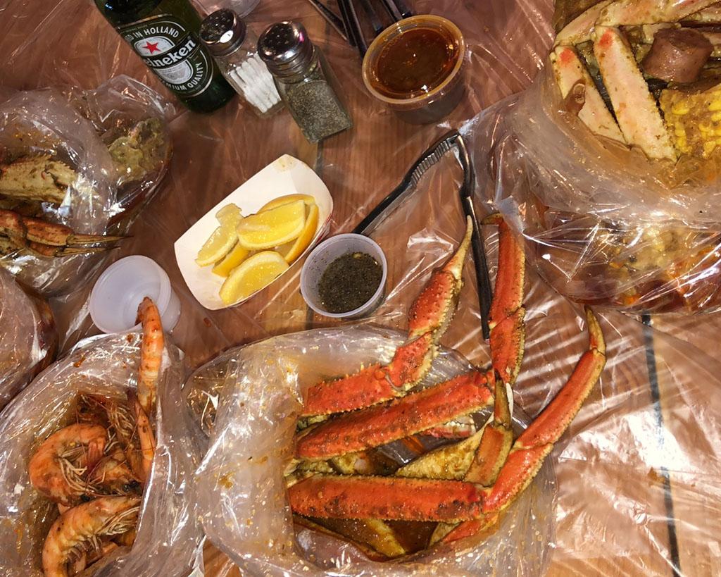 Bucket O Crawfish (thefoodheist)