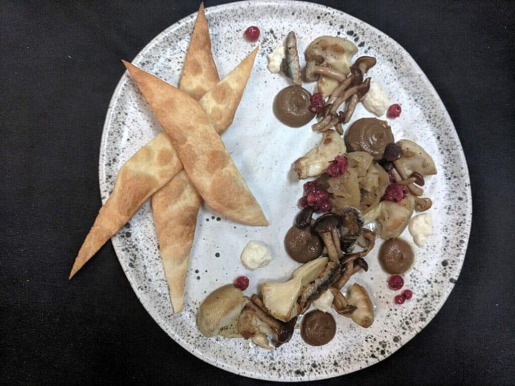 Lion's mane mushroom dish (cucina)
